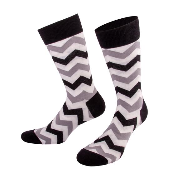 Schwarz weiß grau gestreifte Socken von PATRON SOCKS