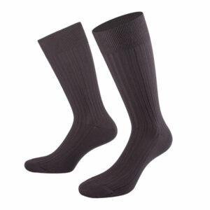 Socken Anthrazit am Modell von PATRON SOCKS